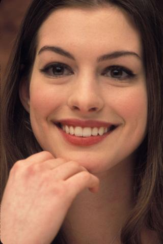 AnneHathaway_wallpaper1 Android Entertainment