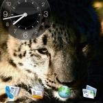 Hero Night Clock Widget 2×2